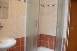 Dolany - sprchový kout